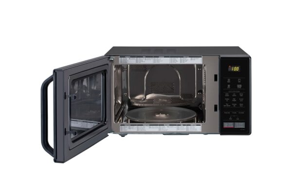 MC2146BL-microwave-ovens-Front-Open-view-DZ-02