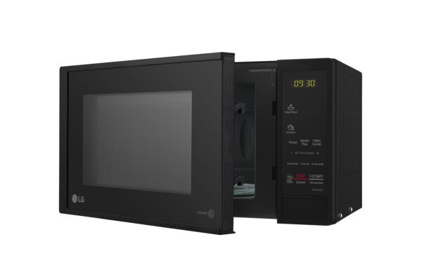 MS2043DB-microwave-ovens-Right-Side-Open-view-DZ-05